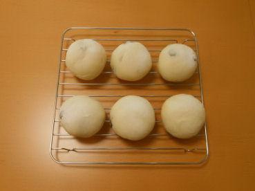 201601 黒豆のパン-1