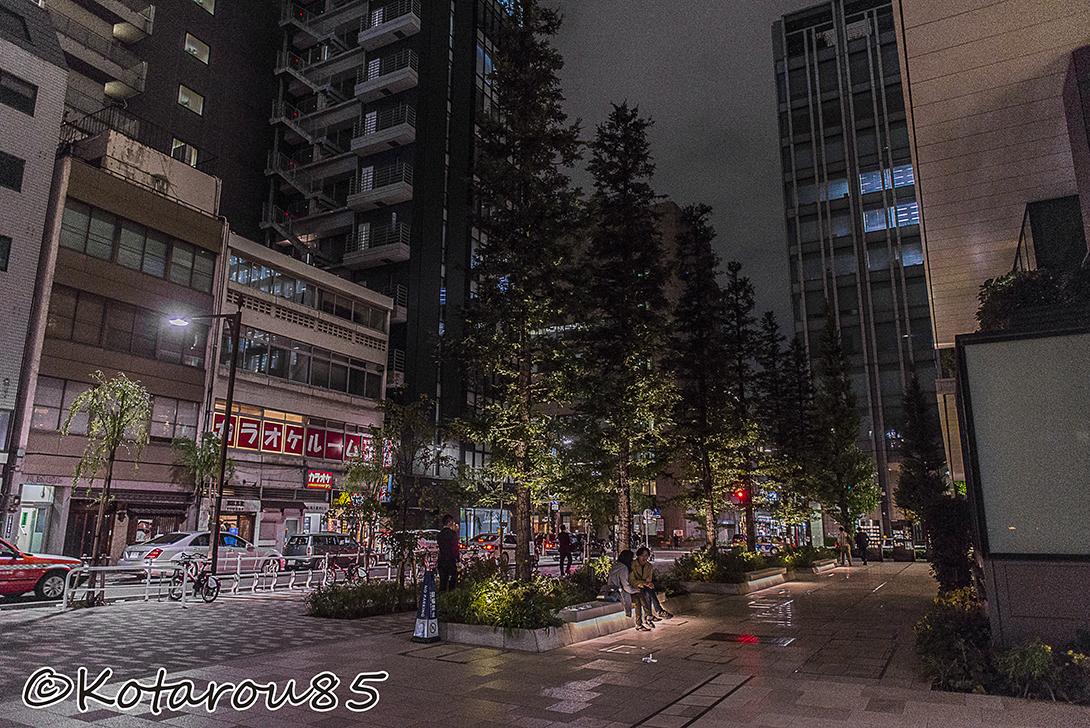 京橋の街角で 20151030