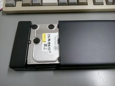 HDDをセットしたところ