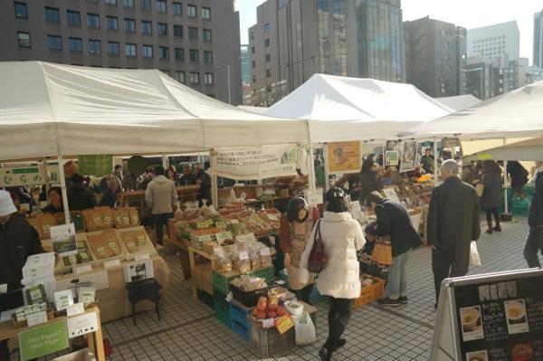 Aoyama Weekly Antique Market6