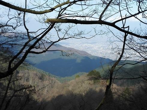 10 大和平野と葛城山959m
