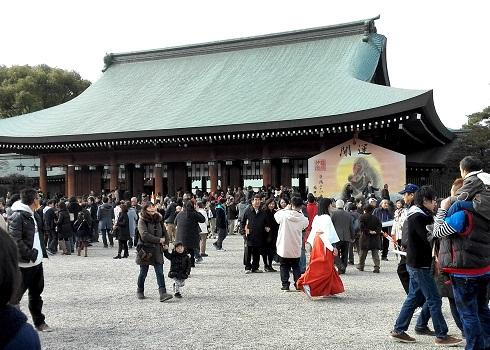 4 橿原神宮・外拝殿