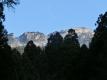 21 大峰大橋付近から山上ケ岳の遠望(拡大)