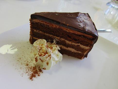 チョコレートケーキ 16.2.16