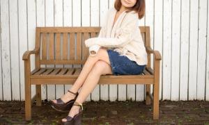 足のきれいな女性