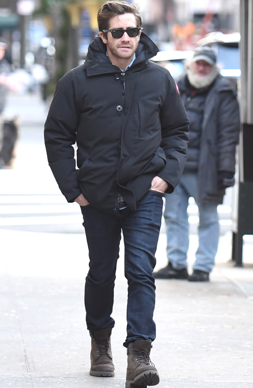 ジェイク・ジレンホール(Jake Gyllenhaal):カナダグース(Canada Goose)/ティンバーランド(Timberland)/レイバン(Ray-Ban)
