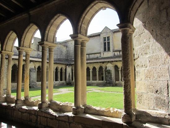 教会上部の回廊