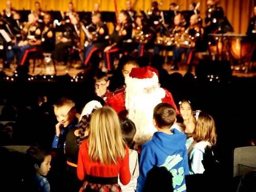 12月12日 キャンプ・フォスター、米海兵隊音楽隊によるクリスマス・コンサート