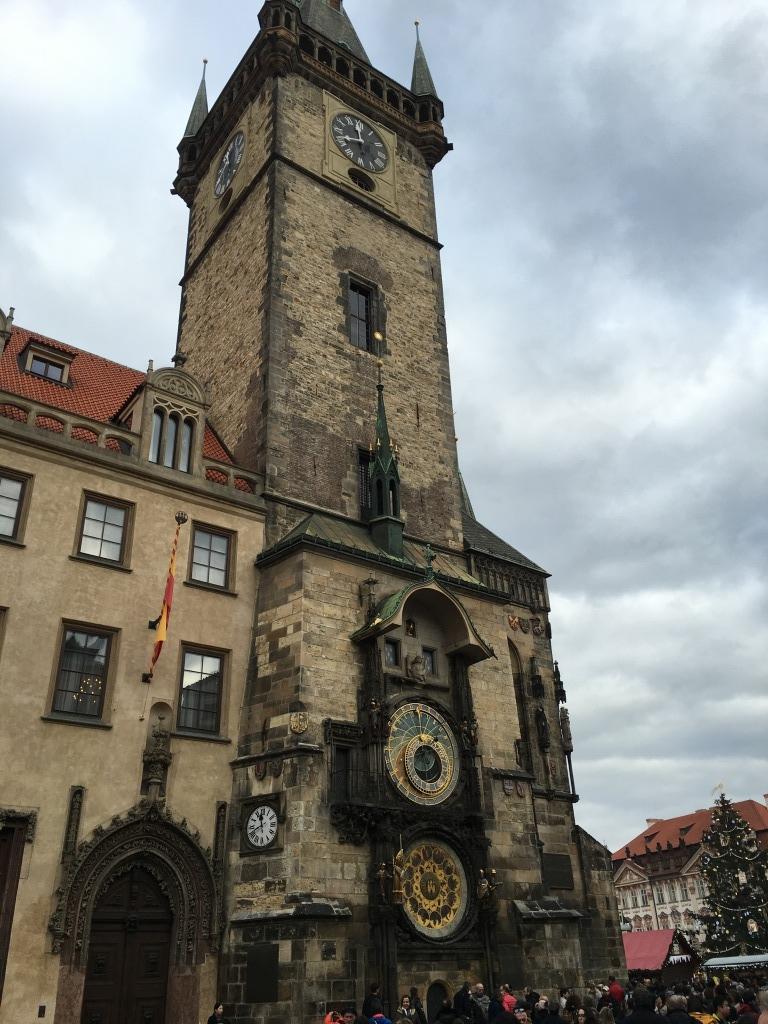 旧市街広場時計台