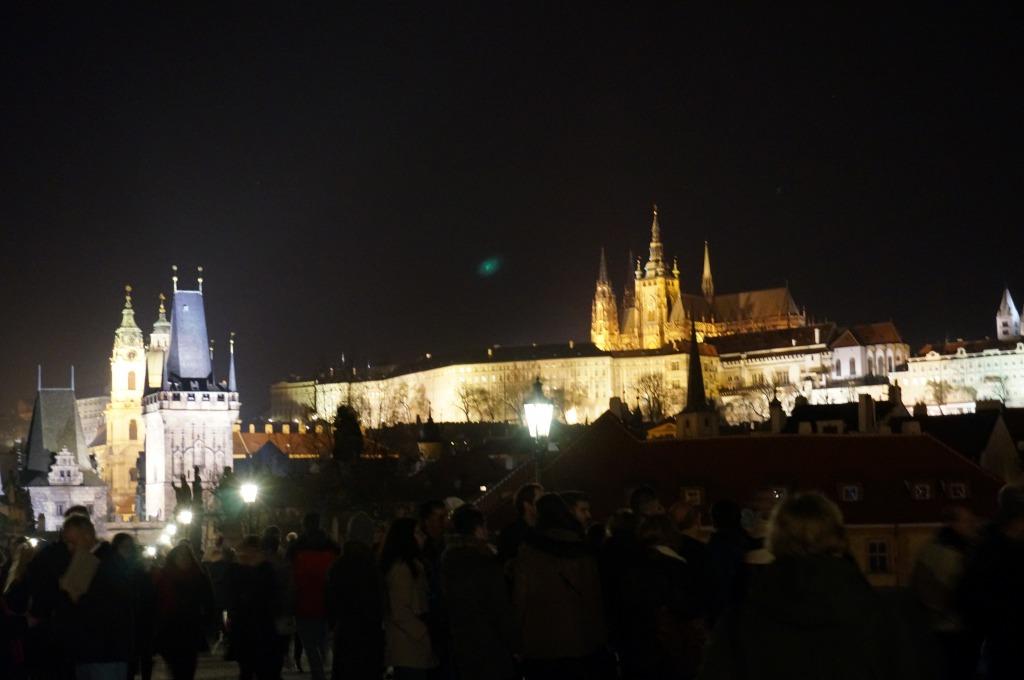 プラハ城ライトアップ