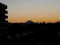 20160125三鷹跨線橋からの富士山0
