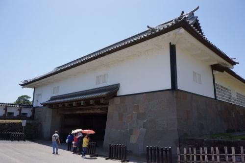 2石川門二の門 (1200x800)