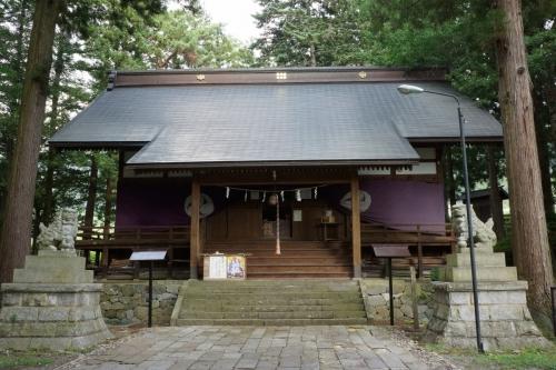 4社殿 (1200x800)