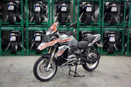 P90206573_lowRes_bmw-motorrad-interna.jpg