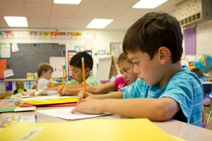 06 300 writing kids