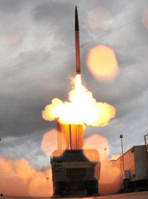 01a 300 THAAD missile