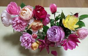 20150102お正月のバラ_R