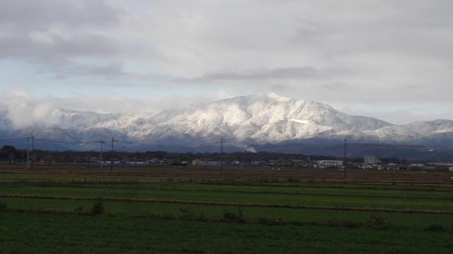 山は冬景色