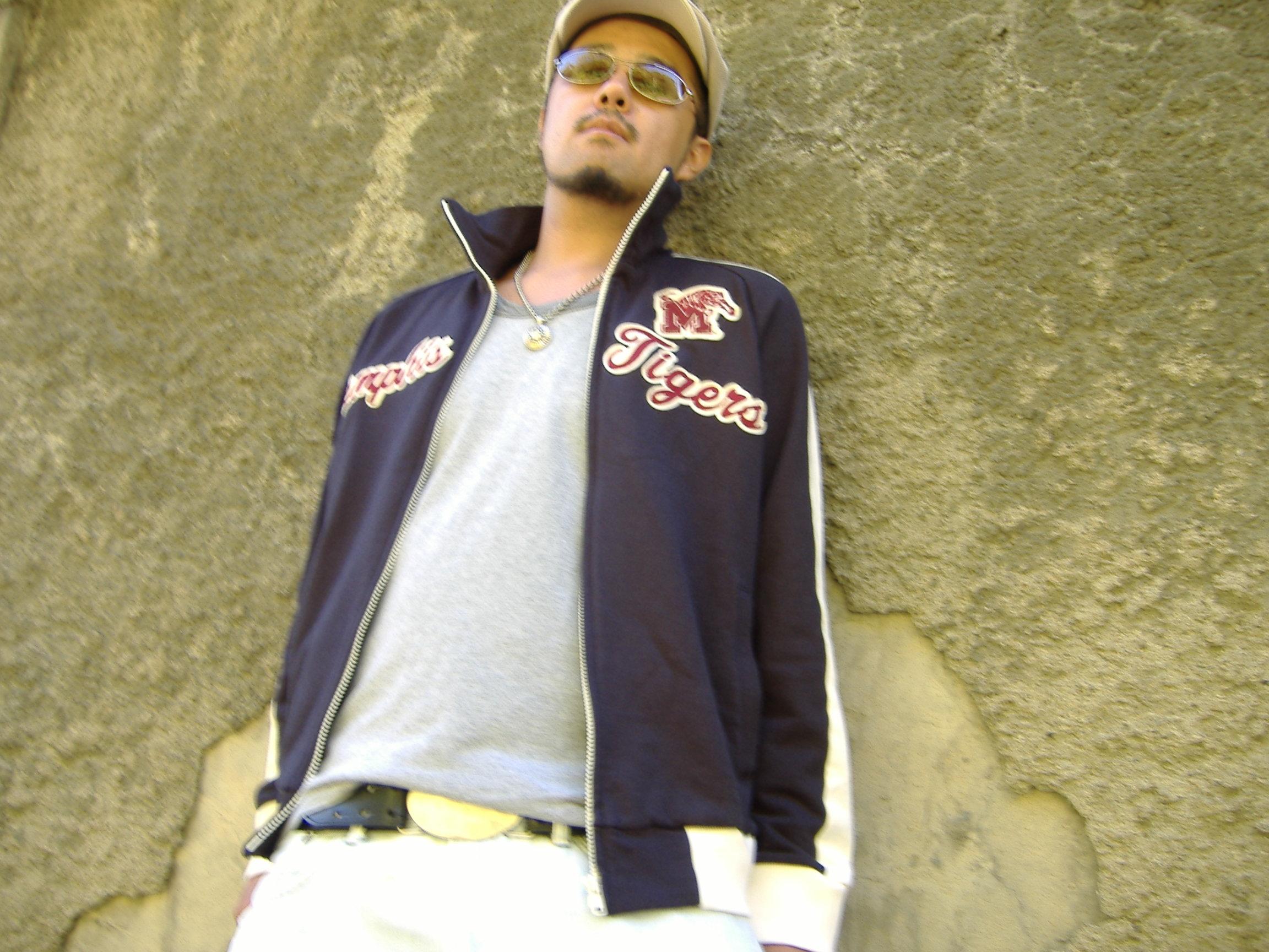 2005A.jpg