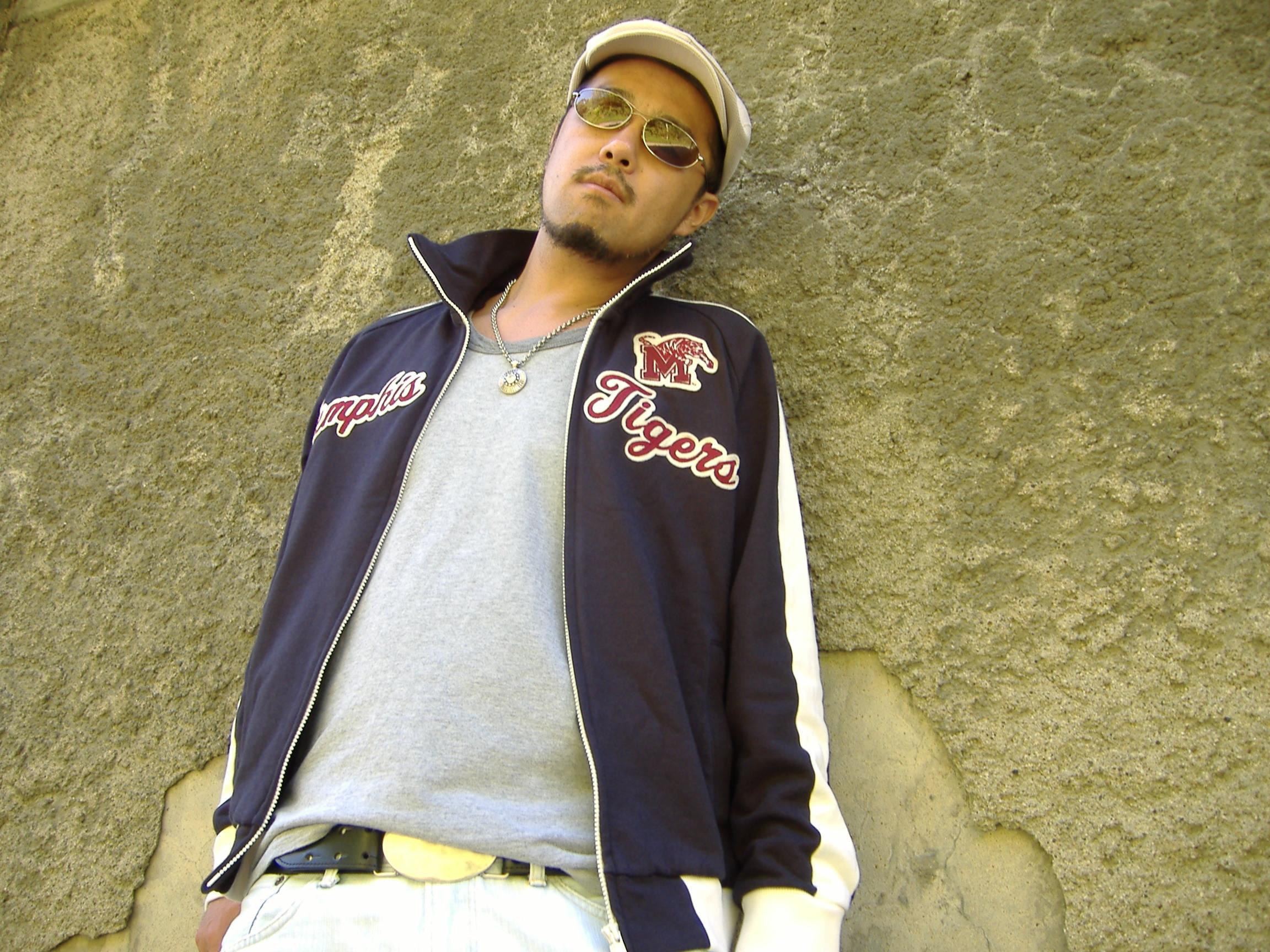 2005B.jpg