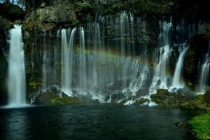 白糸の滝・虹