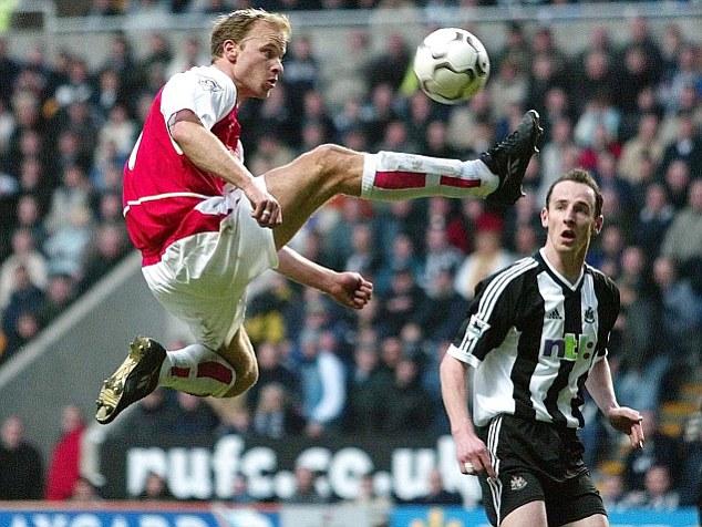 Bergkamp first touch