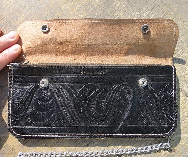 leatherwalblk05.jpg