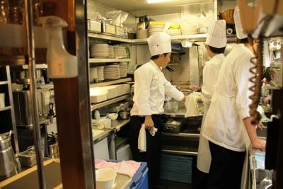 トワイライトエクスプレス厨房の中の様子