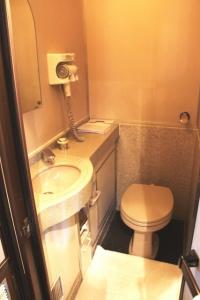 トワイライトエクスプレススイートトイレ洗面所