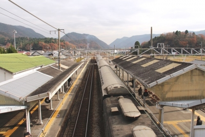 吉永駅トワイライトエクスプレス上から