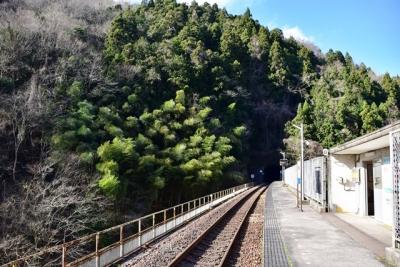 宇都井駅ホーム江津方面