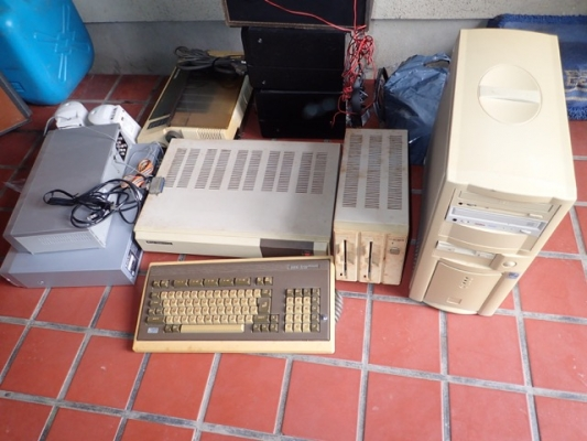 古いパソコンNEC