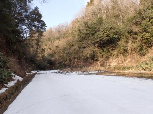 里山雪景色