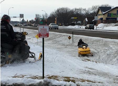 snowmobile1604.jpg