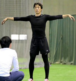 【巨人】鈴木尚広は教育係、育成・高橋洸に練習法を伝授