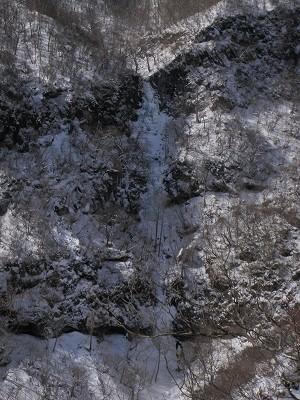 5 厳冬の三段の滝