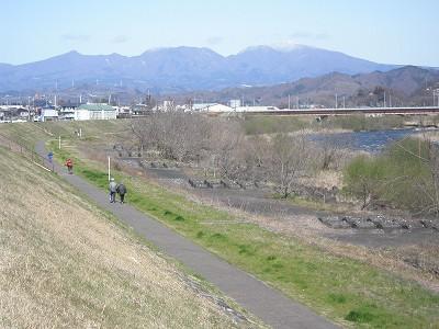 5 渡良瀬川と赤城山