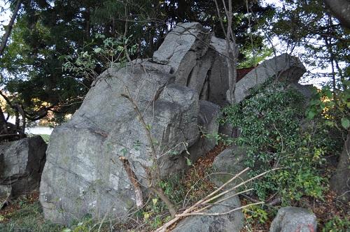 藤加羅立ち石5