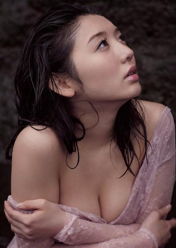 おのののか 写真集で披露した入浴手ブラヌード 画像22枚 18