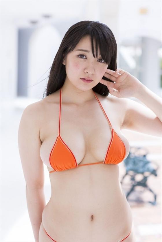 紺野栞 純白プリンのPRでソフマップに登場したぽっちゃりグラドル 画像28枚 18