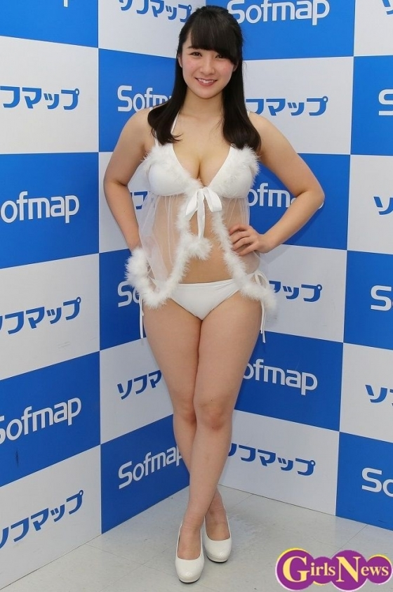 紺野栞 純白プリンのPRでソフマップに登場したぽっちゃりグラドル 画像28枚 2