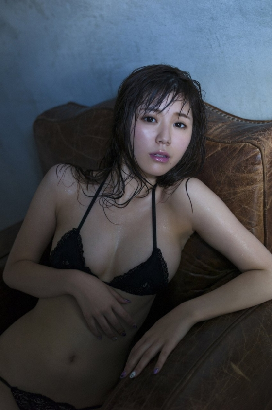 金子栞 happy smileキャプとFカップ水着グラビア 画像62枚 13