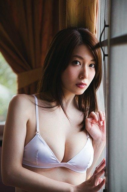 小林恵美 美貌の吐息のスレンダーFカップ巨乳キャプ 画像51枚 45
