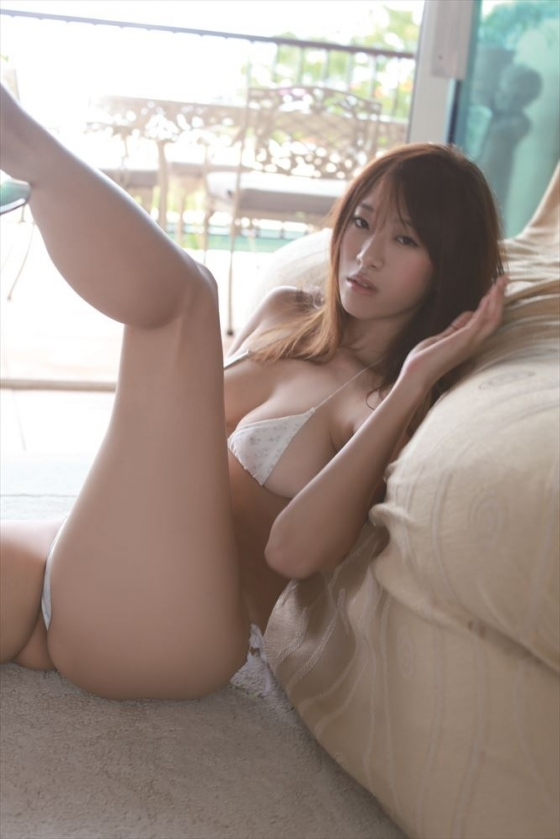 染谷有香 Gカップ高身長でリアル峰不二子なグラビア 画像30枚 23