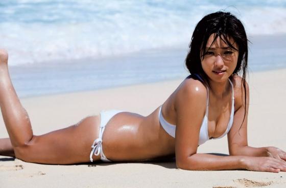 深田恭子 極小ビキニでお尻の割れ目を披露した未掲載グラビア 画像31枚 23