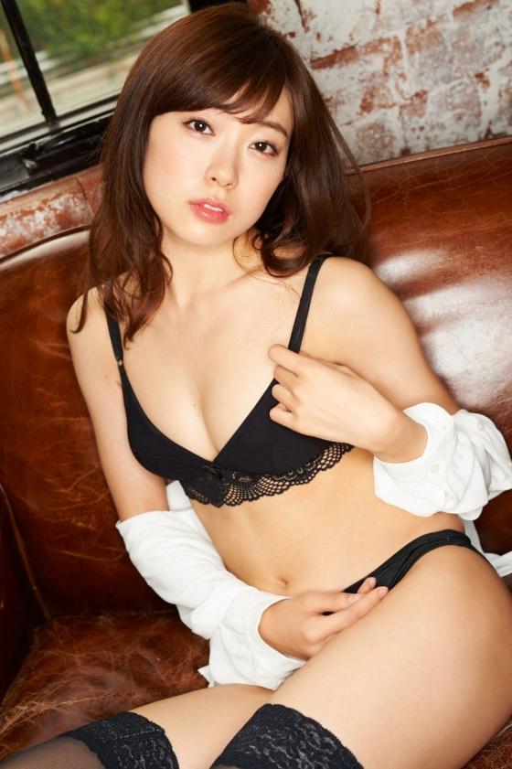 渡辺美優紀 インスタに投稿した下着姿 画像29枚 13