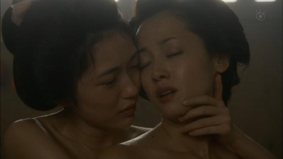 沢尻エリカ 大奥の渡辺麻友との百合やレズキスシーンキャプ 画像26枚 24