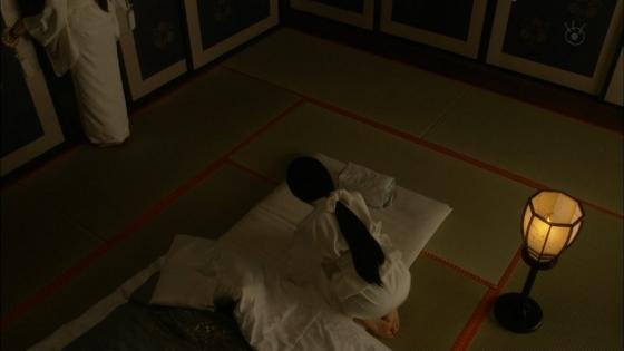 沢尻エリカ 大奥の渡辺麻友との百合やレズキスシーンキャプ 画像26枚 6
