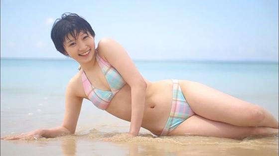 宮本佳林 水着姿の股間とお尻の食い込みが気になるキャプ 画像23枚 4