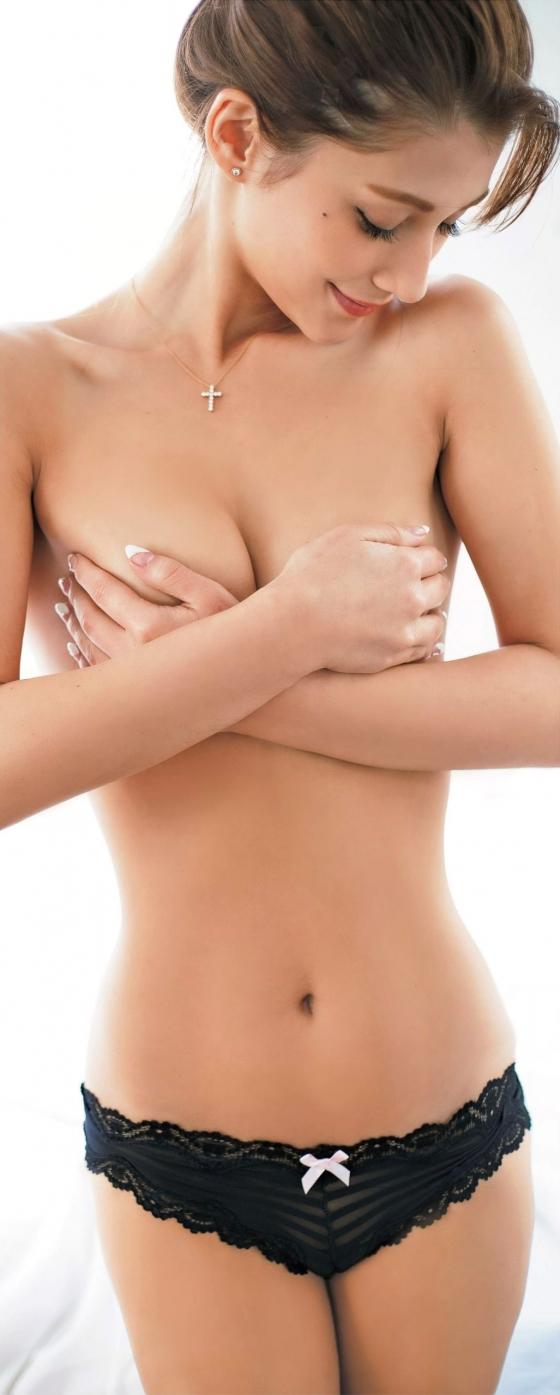 ダレノガレ明美 FLASHのDカップ水着姿と手ブラグラビア 画像22枚 4